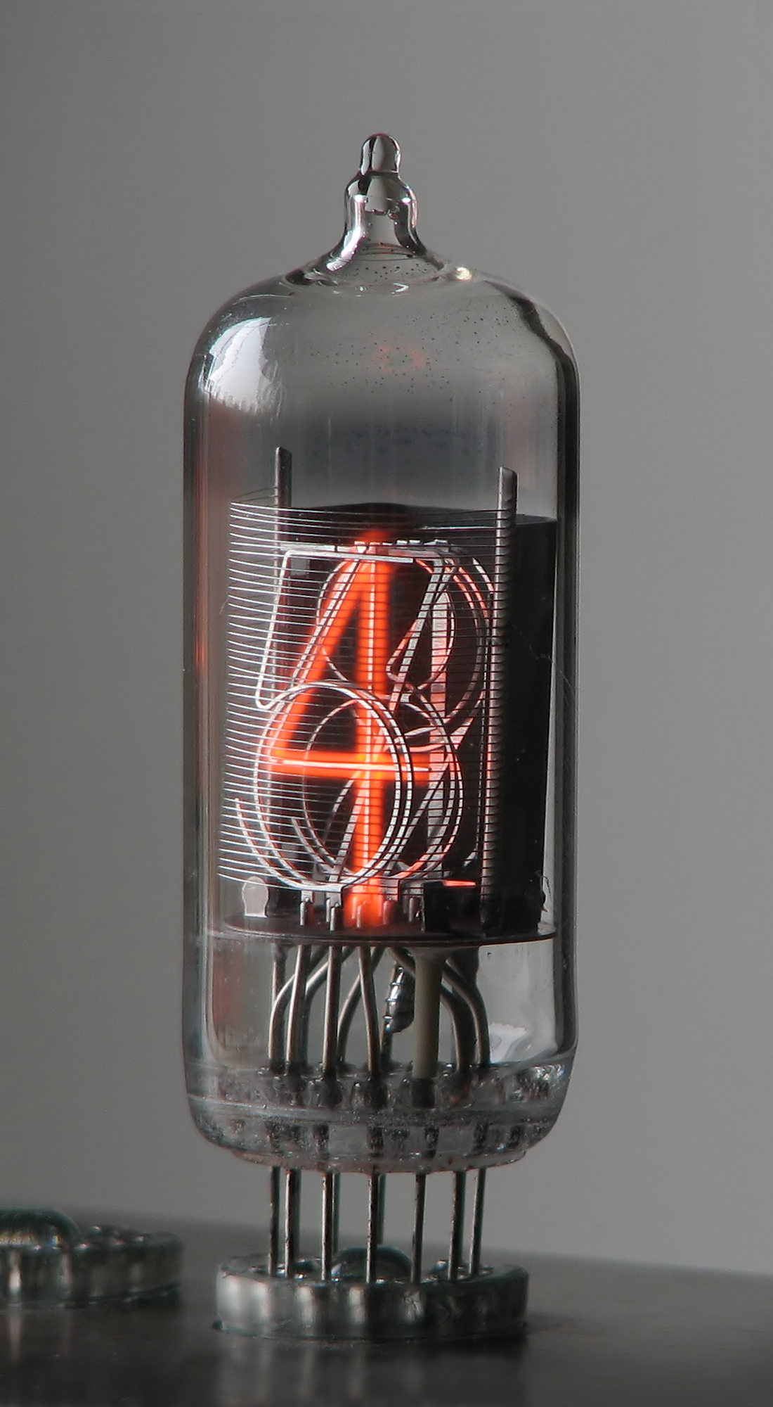 Lot besides Vacuum Tube Ste unk Usb Drive With Blue Led And Brass Clockwork Gears besides 213 53 pt br as well Wholesale Custom  lifier Chassis likewise More Muscles. on vacuum tube clock