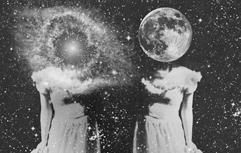 girls-moon-space-stars